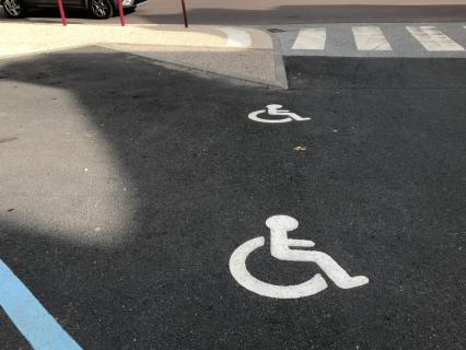 Handicap et accessibilité : la France en retard malgré la Loi