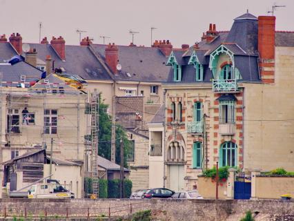 Reconfinement : Emmanuelle Wargon explique les modalités pour le bâtiment
