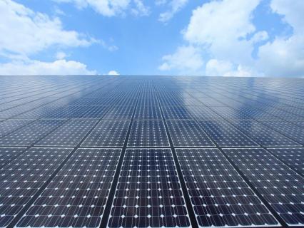 En Corse, les casernes de pompiers vont produire de l'électricité solaire