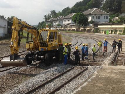 """Côte d'Ivoire: Paris veut """"accélérer les travaux"""" du métro d'Abidjan"""