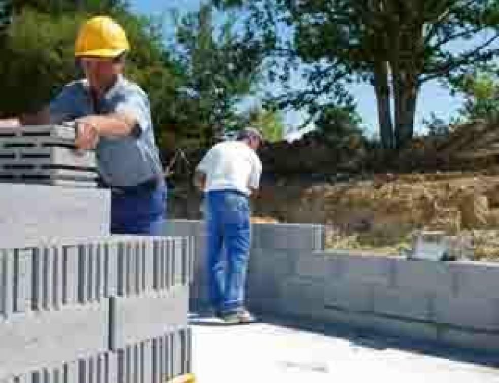 Bâtiments Basse Consommation : les blocs béton sont dans la course