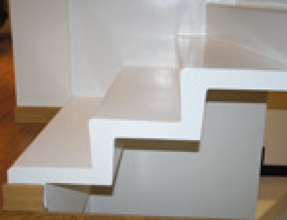 Escaliers en béton : préfabriqués ou coulés en place ?