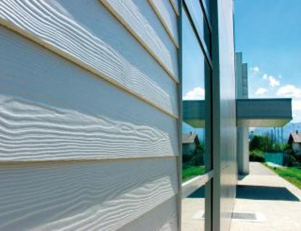Eternit a la fibre innovatrice en façade et en toiture
