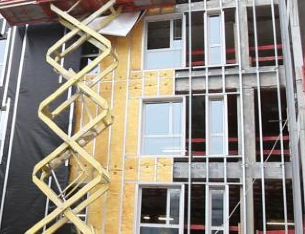 Une façade légère BBC pour restructurer une maison de santé