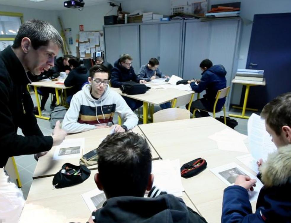 Ma vie d'apprenti : Allan en cours de techno