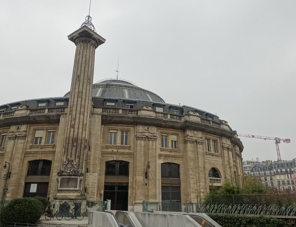 Les 86 millions d'euros déboursés par Paris pour la Bourse de commerce font polémique