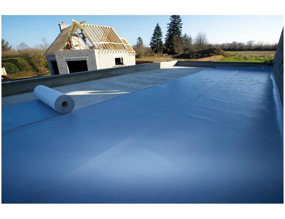 NF DTU 43.6 – Etanchéité des planchers intérieurs en maçonnerie par produits hydrocarbonés