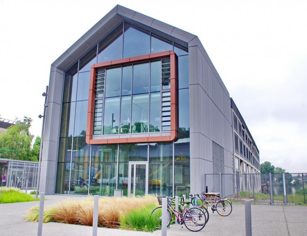 Rénovation d'un bâtiment industriel à Nantes en bord de Loire