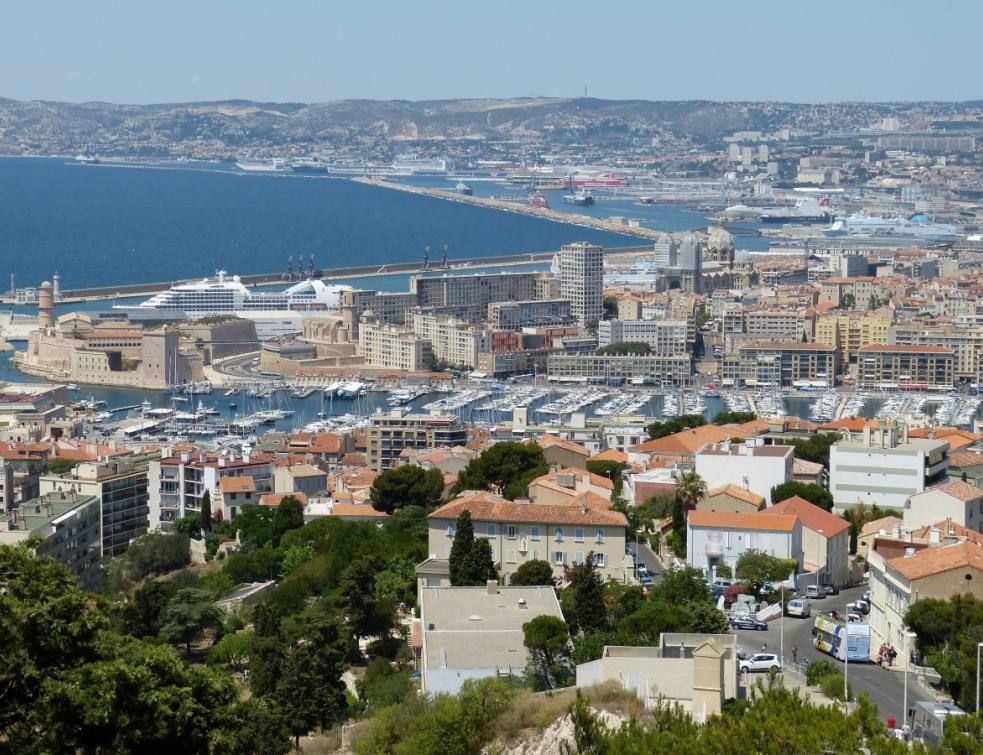 Les Marseillais s'opposent à la rénovation d'une place et à la destruction des arbres