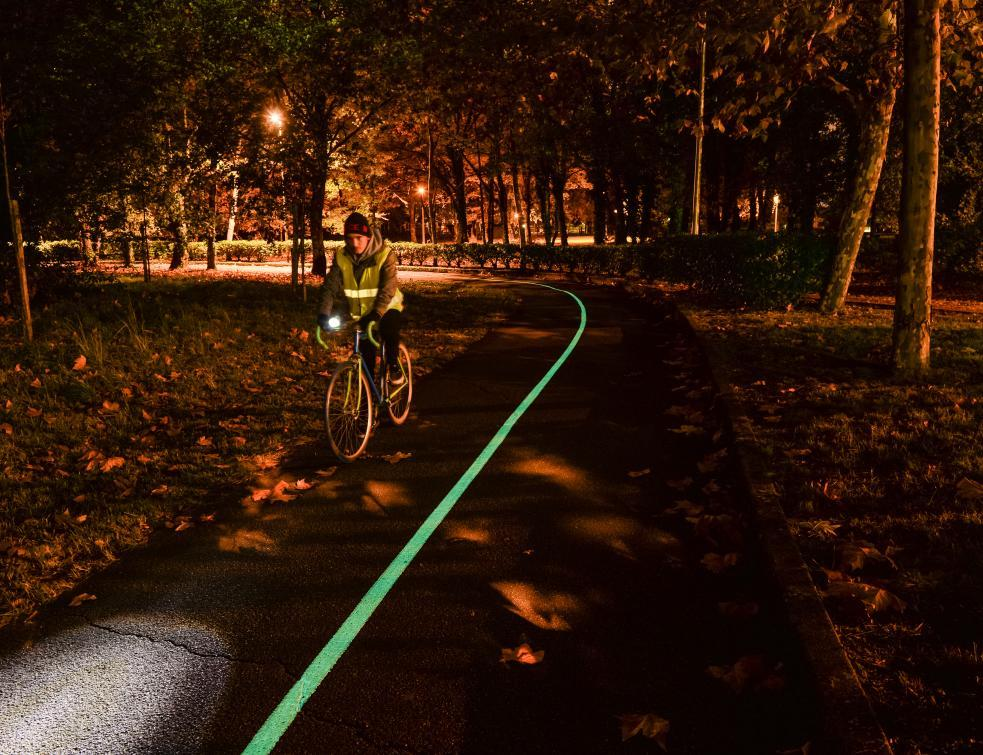 Une piste cyclable photoluminescente inaugurée à Pessac