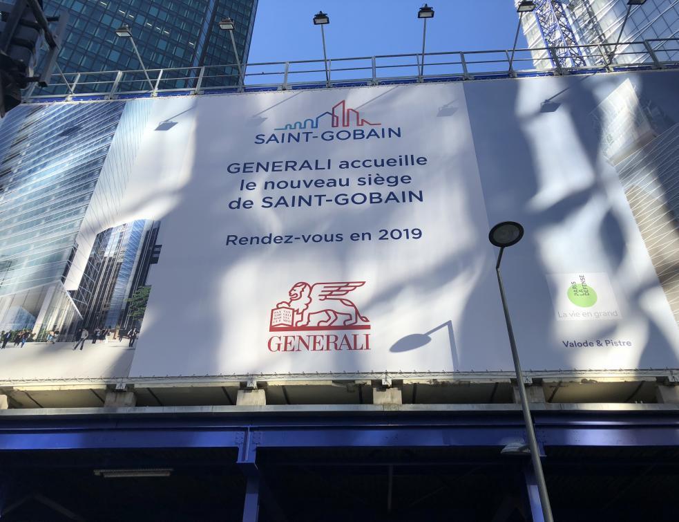 Saint-Gobain accélère ses cessions d'activités et se réorganise