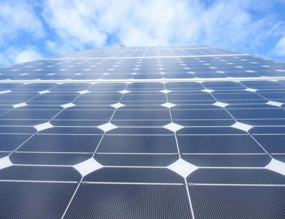 Panneaux solaires: l'Europe doit protéger son industrie