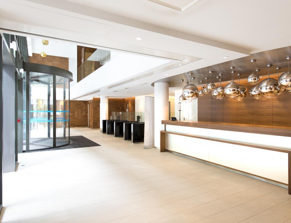 4000m2 de Rockfon® Mono® Acoustic posés au sein du nouveau siège de L'Oréal