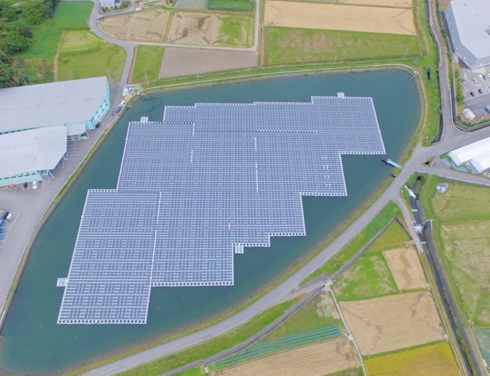 La Compagnie nationale du Rhône lance son premier parc solaire flottant