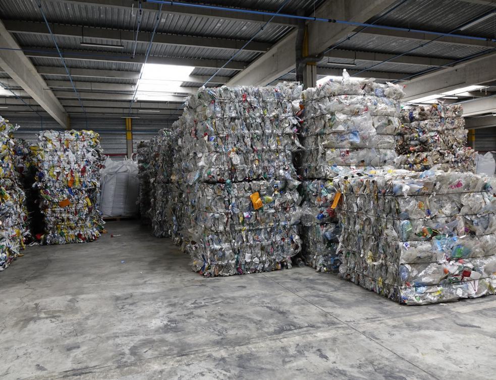 Soprema recycle le PET pour produire du polyol