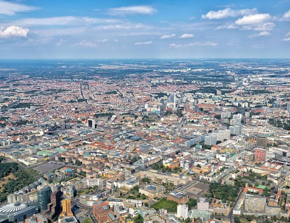 Airbnb: huit grandes villes européennes appellent l'UE à agir en urgence
