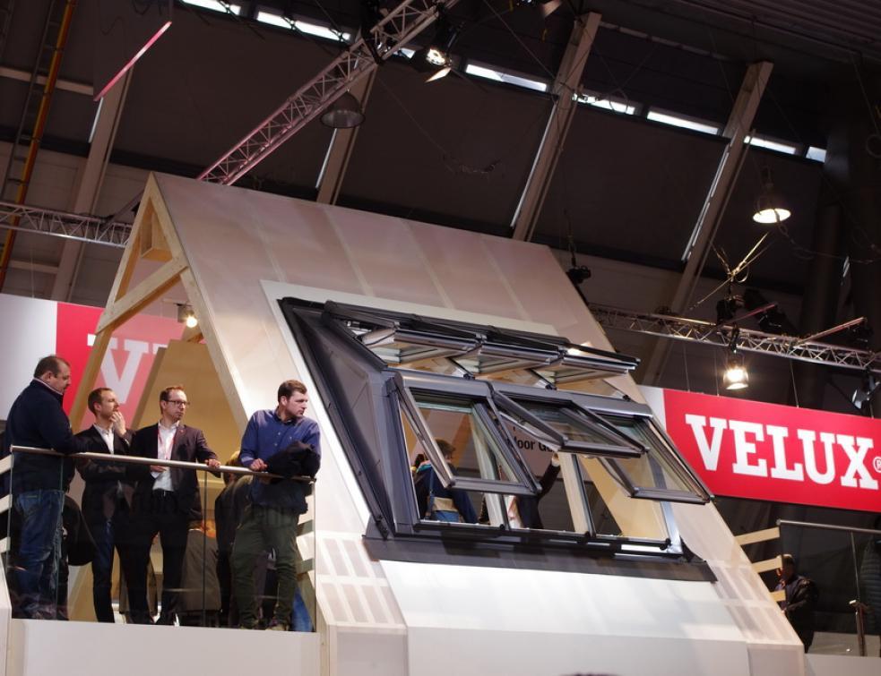 Des fenêtres de toit très spéciales à Dach+Holz