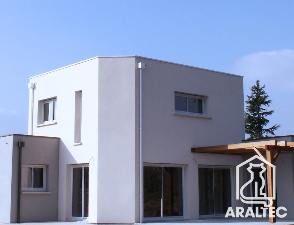 Des toits-terrasses design et contemporains avec la gamme en aluminium ARALTEC