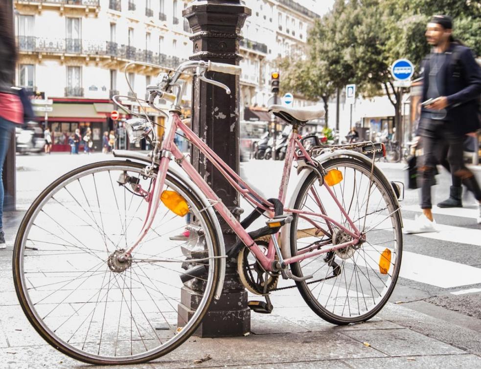 Déconfinement : Paris et Lyon vont privilégier le vélo