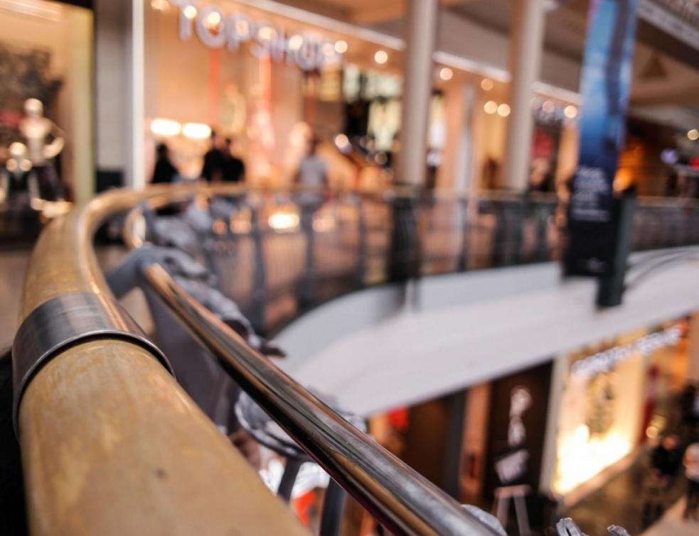 Les deux géants français des centres commerciaux rouvrent leurs sites
