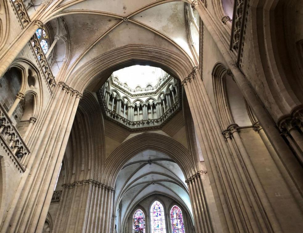 Sécurité des cathédrales : la question des installations électriques à étudier