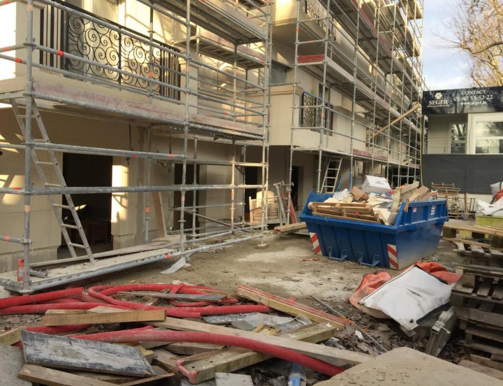 Saint-Gobain distribution bâtiment France investit dans les activités de recyclage
