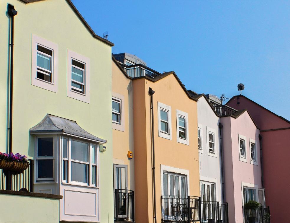 Isolation de son logement : les avantages du polyuréthane projeté