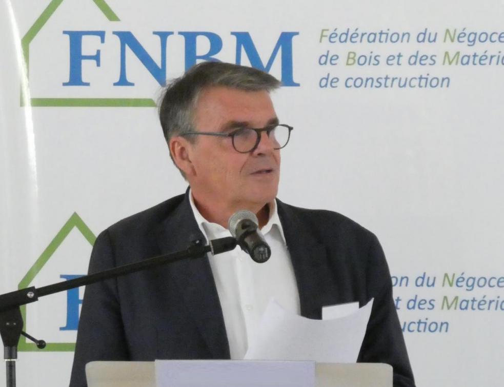Négoce bois et matériaux : la FNBM devient la FDMC