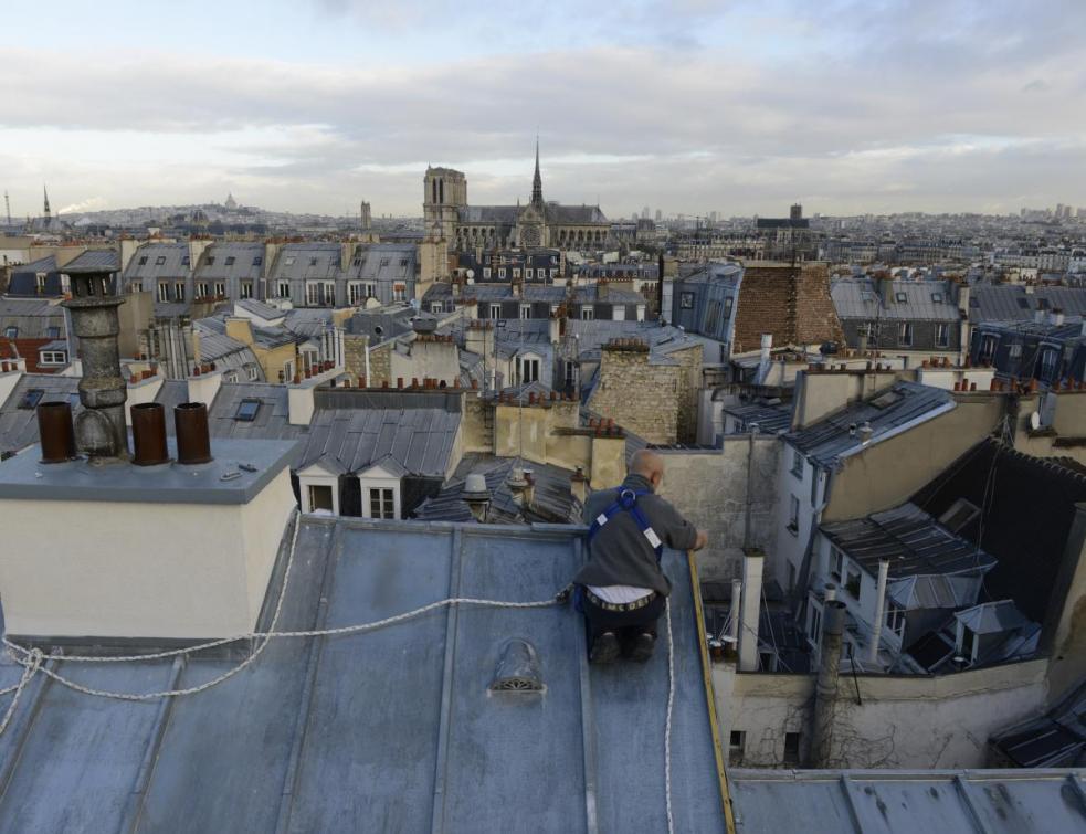 Les couvreurs zingueurs parisiens et les ornemanistes candidatent à l'Unesco