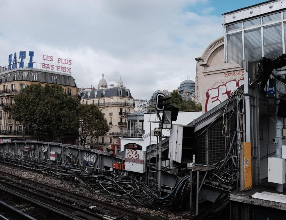 Paris: le magasin Tati de Barbès transformé en logements sociaux