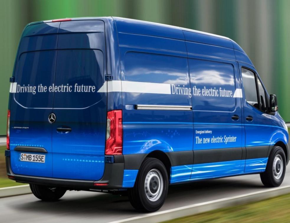 Mercedes électriques : recherche prix et autonomie désespérément
