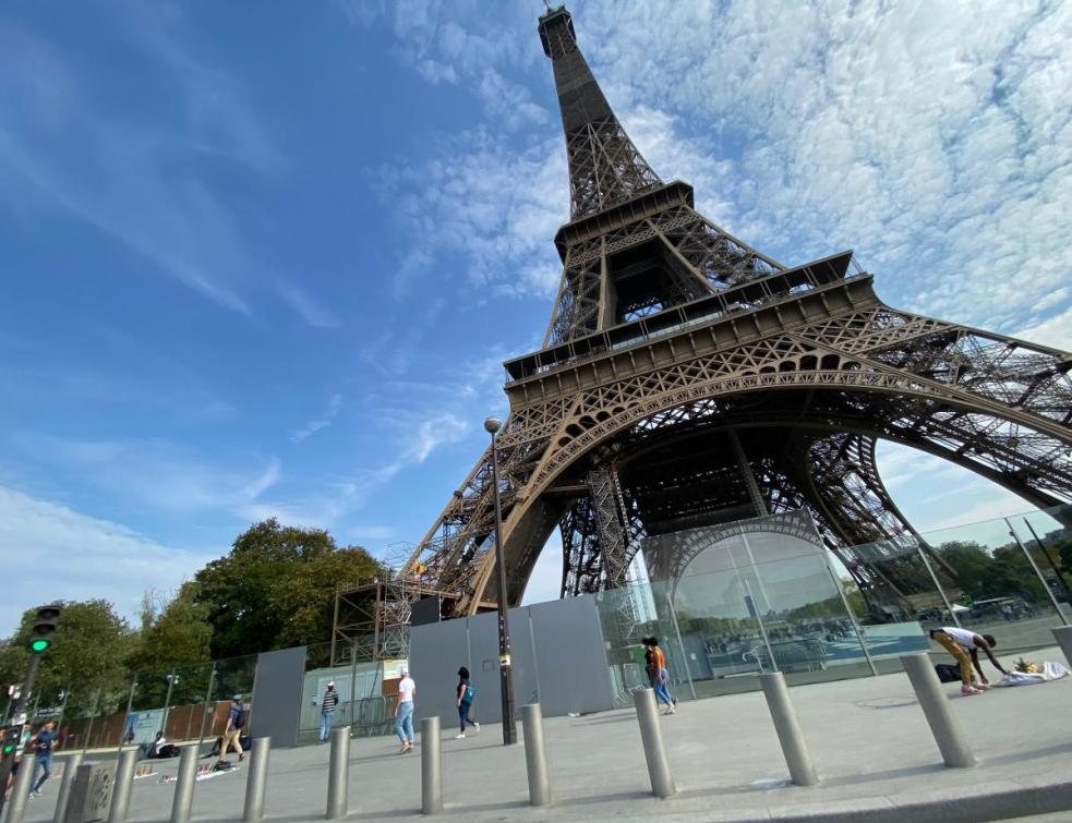 Tour Eiffel : le plomb provoque l'arrêt du chantier de peinture