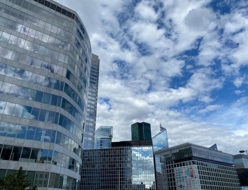 Le marché locatif des bureaux toujours en recul en France
