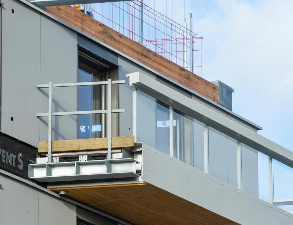 Un rapport pointe les parties sensibles des balcons