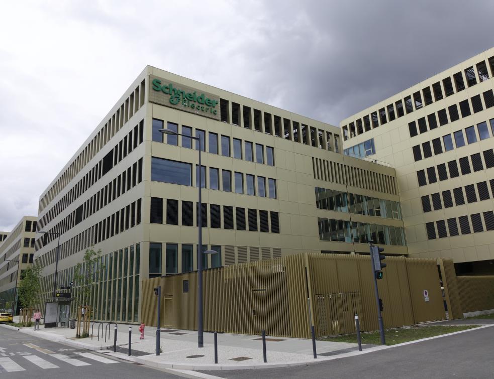 Schneider Electric dessine le prototype des bâtiments tertiaires de demain avec IntenCity